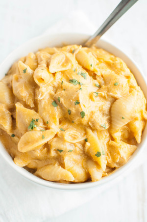 Zesty Cheddar Chicken Mac and Cheese