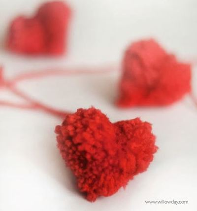 How to Make a Pom Pom Heart
