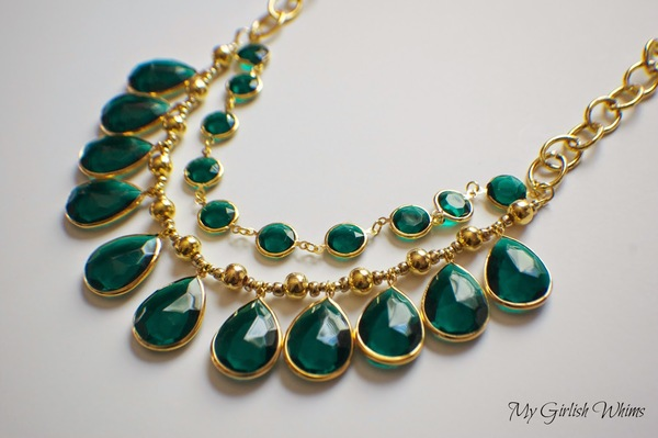 Emerald Arch Necklace