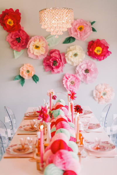 Brilliant and Bright Flower Wall Decor