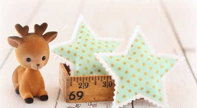 Simple and Sweet Star Ornaments