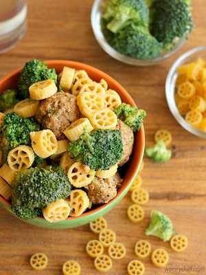 Cheesy Skillet Pasta with Meatballs and Broccoli