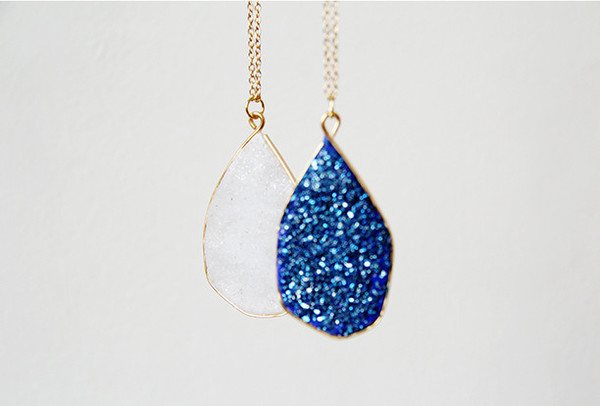 Glittering Faux Geode Necklace