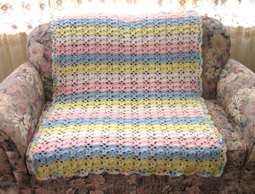 Cuddle Up Baby Blanket Crochet Pattern