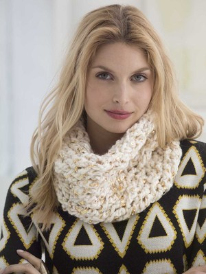 All That Glitters Crochet Cowl