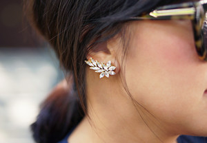 Sophisticated Sparkle DIY Ear Cuff