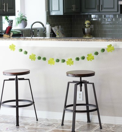 Pom Pom St Patricks Day Garland