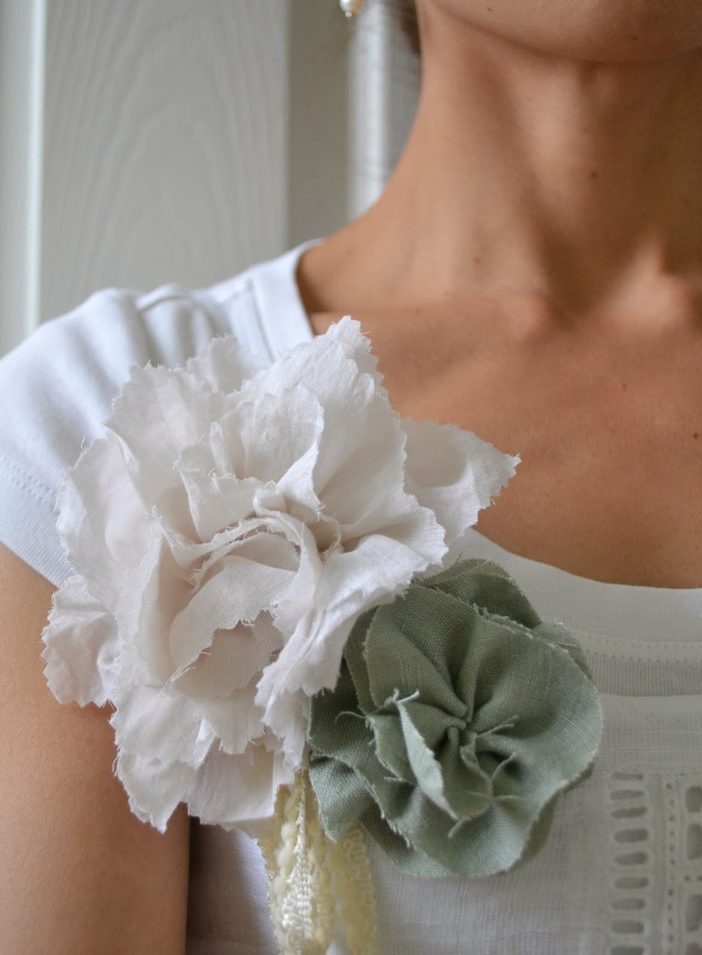 Statement DIY Fabric Flowers AllFreeSewingcom