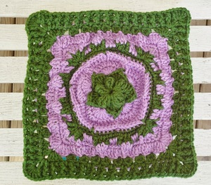 Spring Sea Flower Granny Square