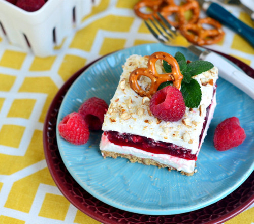 Cool Whip Raspberry Pretzel Salad