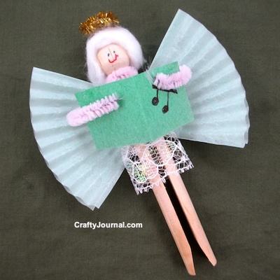 Clothespin Angel Christmas Craft