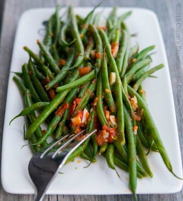 Copycat Olive Garden Green Beans with Tomato and Garlic ...