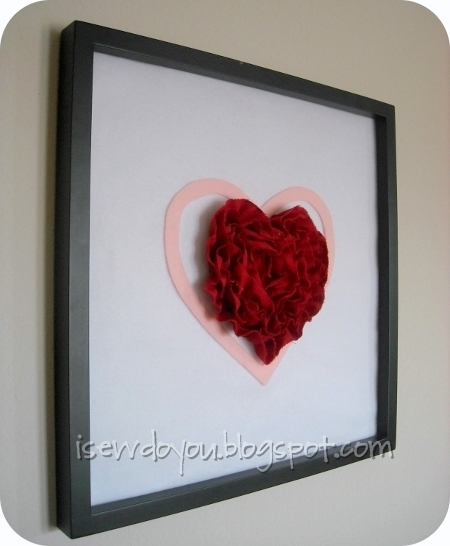 Large Heart Wall Decor : Framed ruffly heart allfreesewing