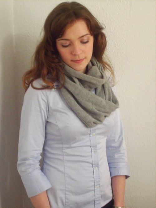 Sweater Into Infinity Scarf Tutorial