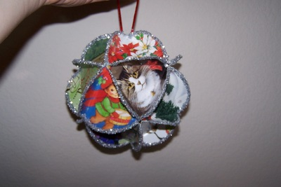 Folded Christmas Cards )rnaments