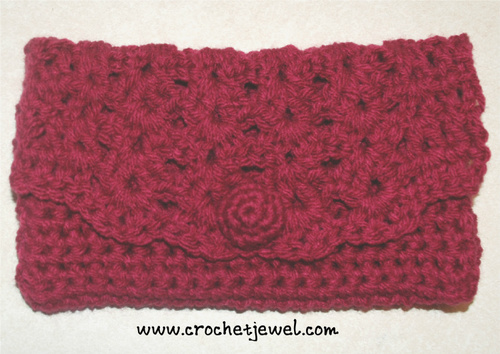 Red Rose Crochet Clutch