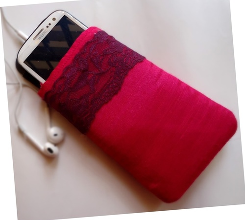 Feminine DIY iPhone Case