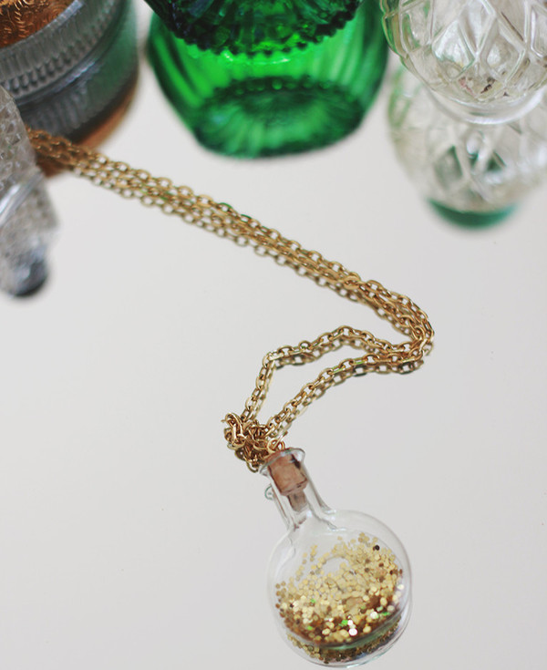 Lucky Leprechaun Dust Necklace