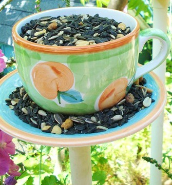 Tea Time Bird Feeder