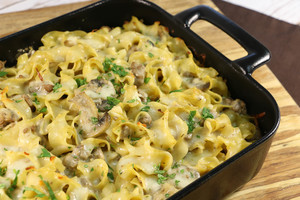 Easy Ground Beef Stroganoff Casserole