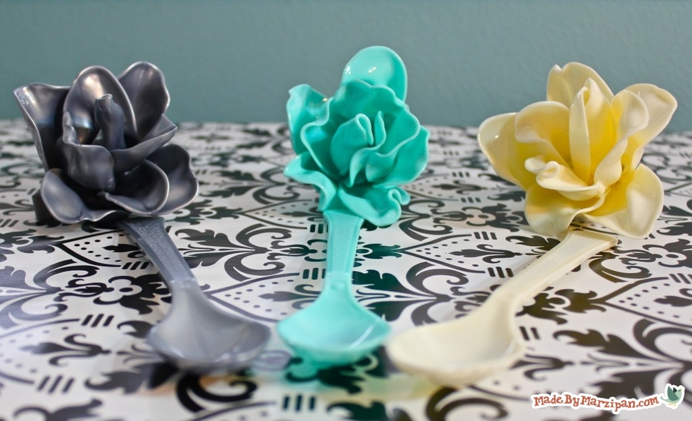 Plastic Spoon Roses DIY Recycled Craft FaveCraftscom