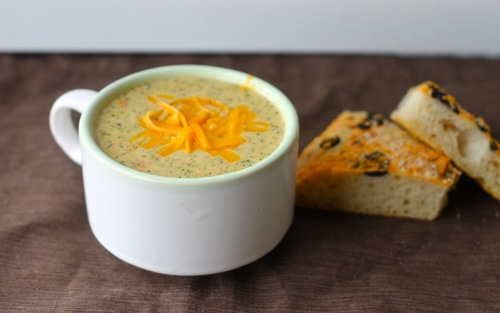 Copycat Panera Bread Broccoli and Cheese Soup
