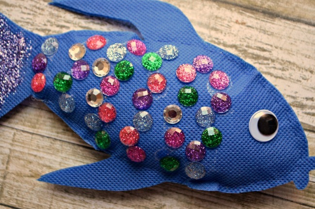 Rainbow Fish Craft Projects For Kids FaveCraftscom