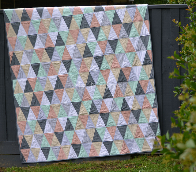 How To Quilt With Triangles Allfreesewing Com