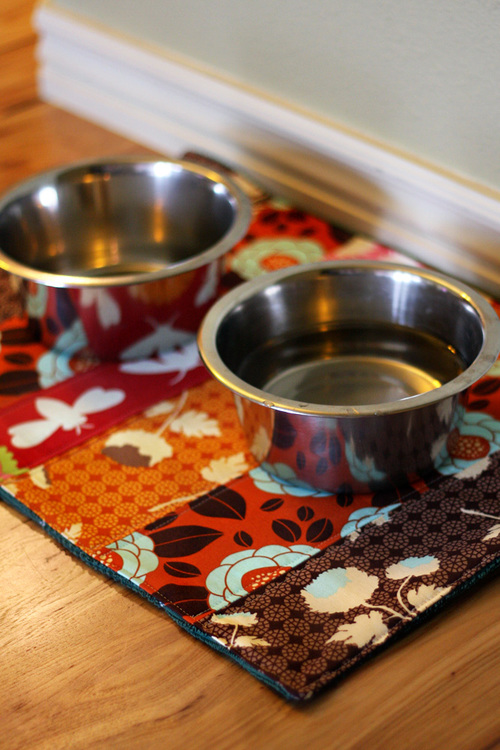 Bow Wow Quilted Placemats