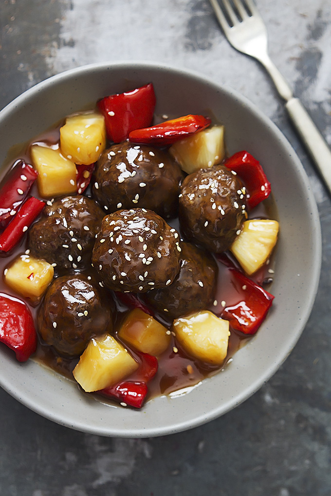 Nov 06, · Slow Cooker Sweet and Sour Meatballs About once a month Ken, my husband, has friends over and they play cards and watch sports on the television. I always serve these Slow Cooker Sweet and Sour shopnew-l4xmtyae.tks: 3.