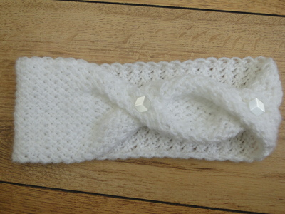 Fashionably Twisted Knit Headband