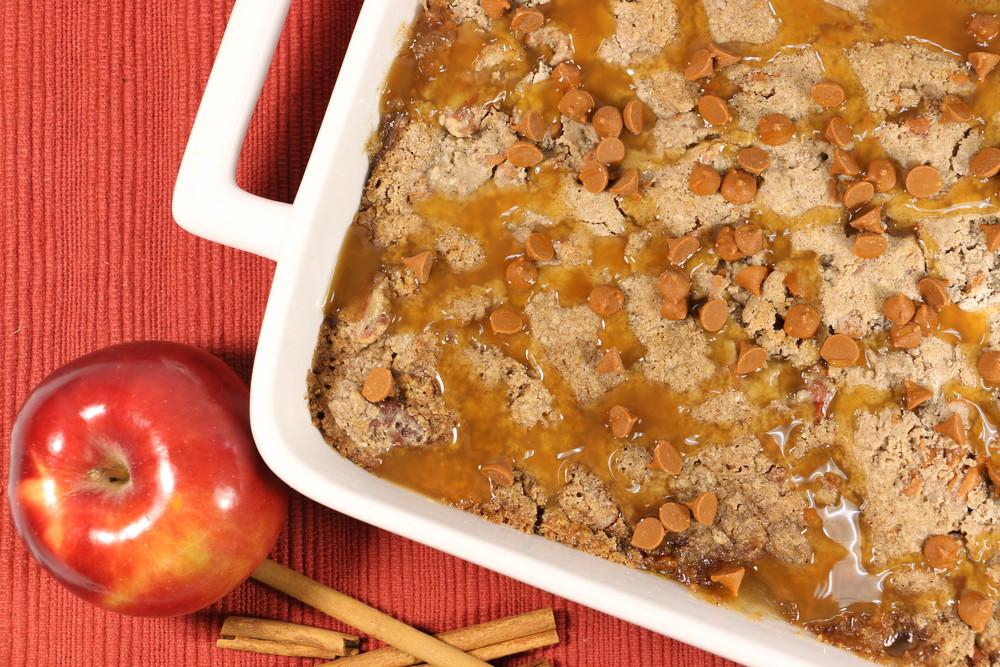 Easy Cinnamon Apple Dump Cake Thebestdessertrecipes Com