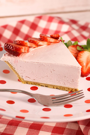 4-Ingredient Yogurt Pie