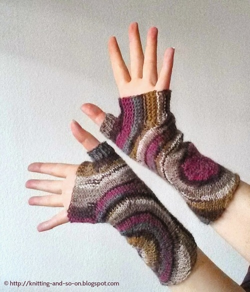 Ripple Effect Knit Fingerless Gloves