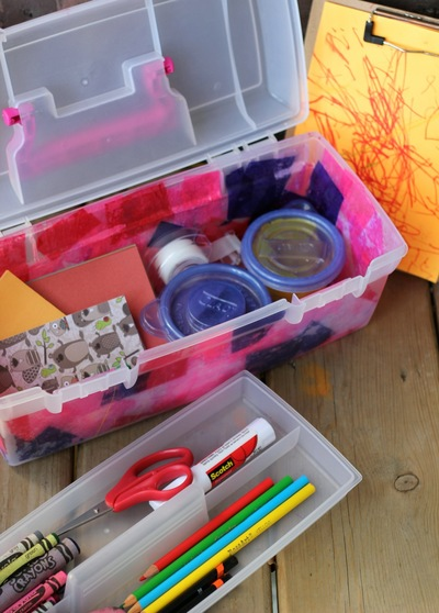 Out & About Travel Art Box