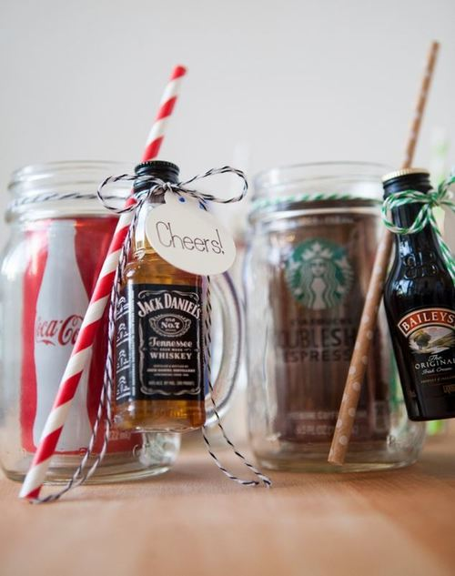 Creative Cocktail Mason Jar Favors