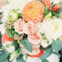 The Perfect Spring Wedding Bouquet