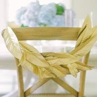 Gilded Leaf Chair Garland