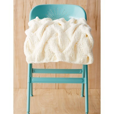 White as Snow Cable Knit Throw