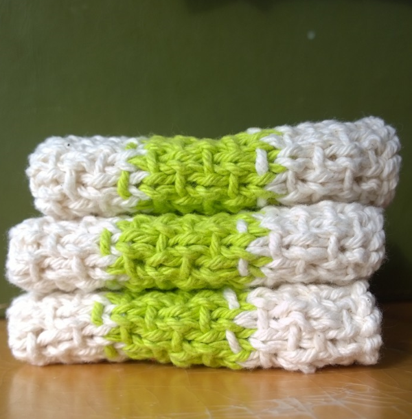 Free Knitting Pattern Turkey Dishcloth : Super Simple Slip Stitch Dishcloth AllFreeKnitting.com
