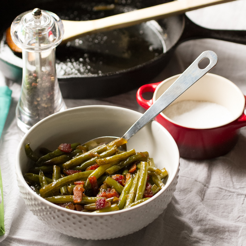 Quick Southern Green Beans | FaveSouthernRecipes.com