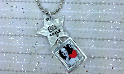 How to Make a Necklace with Photo Pendant