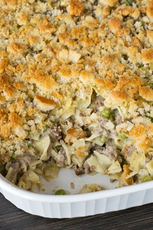 Comforting Amish Yumasetti Ground Beef Casserole