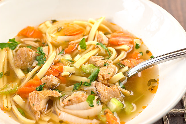 Old Fashioned Chicken Noodle Soup Favehealthyrecipes Com