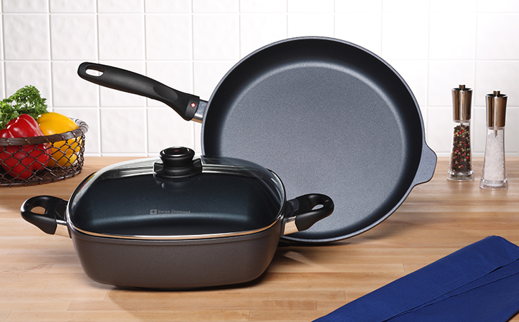 Favesouthernrecipes Com: Swiss Diamond 3-Piece Fry Pan And Casserole Set Review