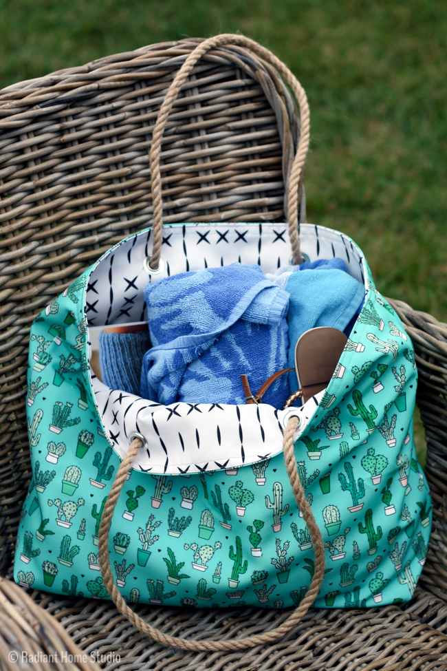 Canvas Beach Diy Tote Pattern Allfreesewing Com