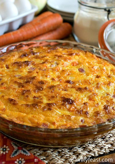 Crustless Ham and Cheddar Quiche