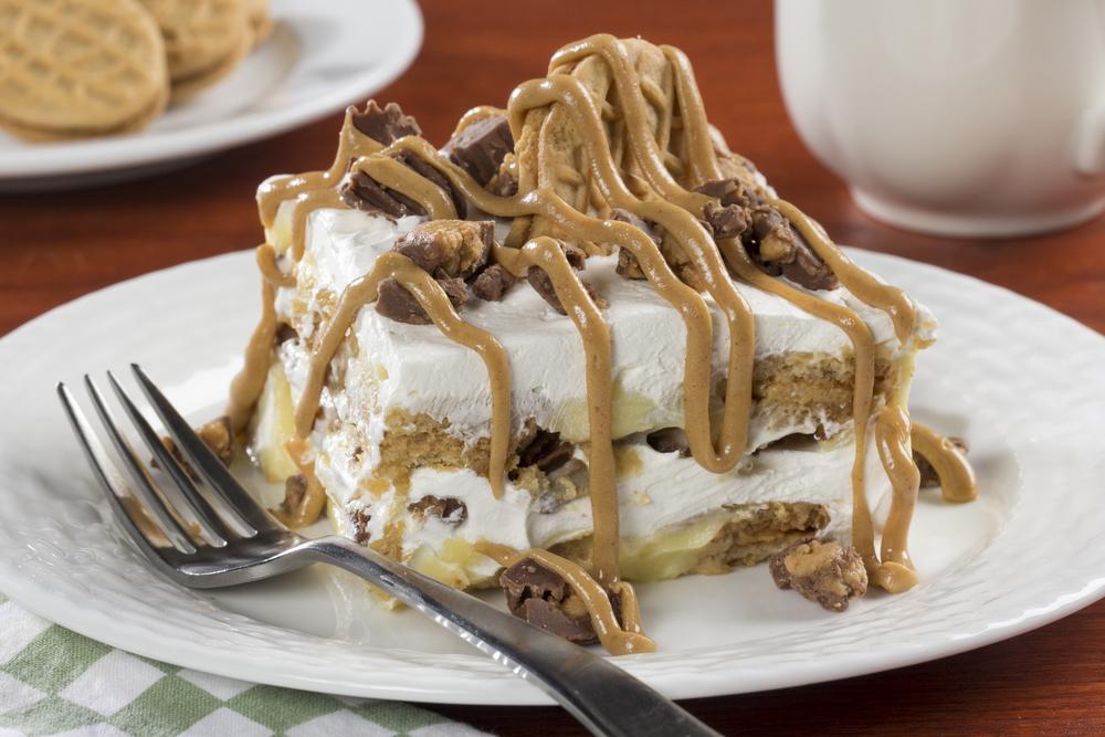 Peanut butter cookie lasagna for Dessert recipes using peanut butter