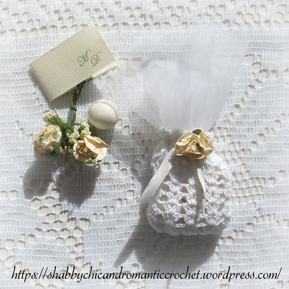 Crochet Wedding Gifts Patterns: Shell Stitch Crochet Wedding Favor Sachet