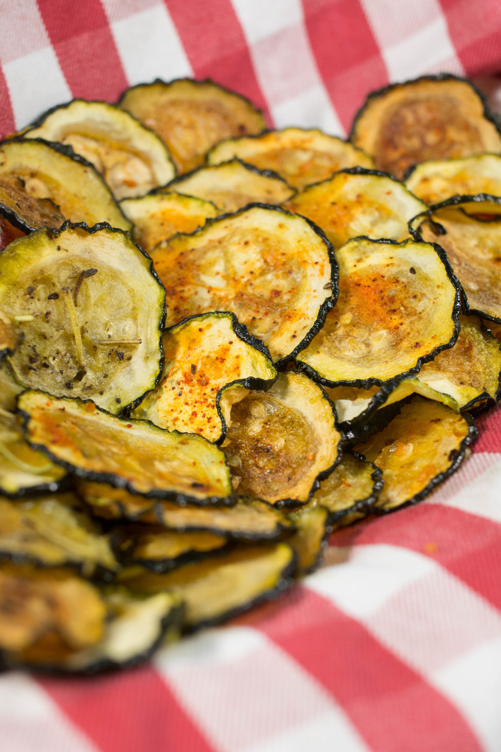 Baked Zucchini Chips | FaveHealthyRecipes.com